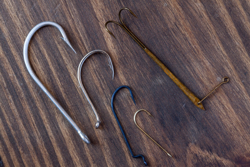different types of fishing hooks