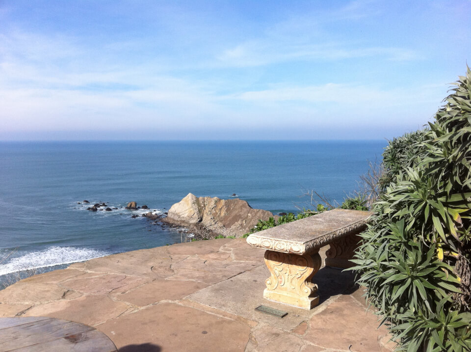 view_of_shelter_cove_Pacifica_California