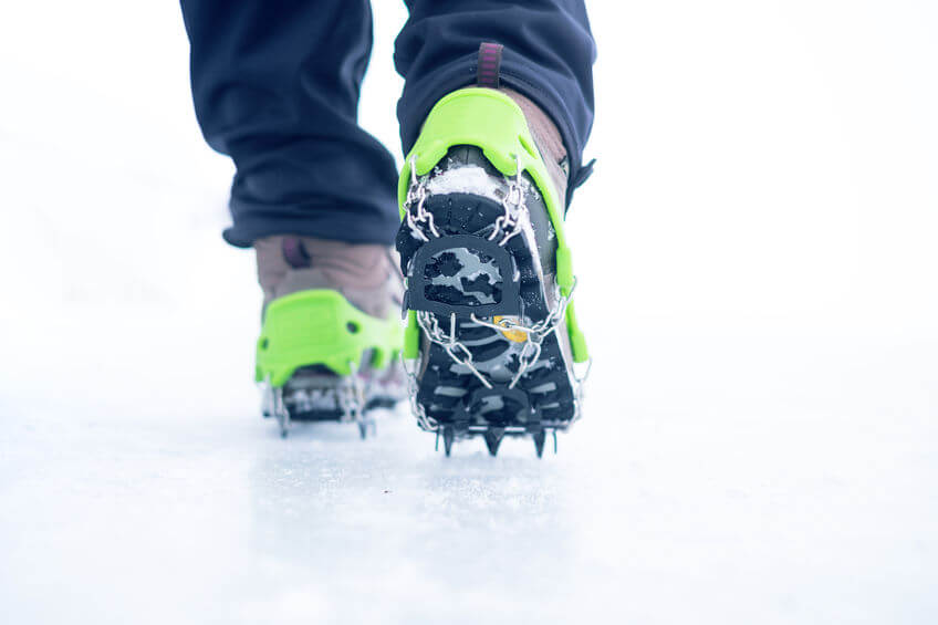 winter boots with ice cleats for better traction
